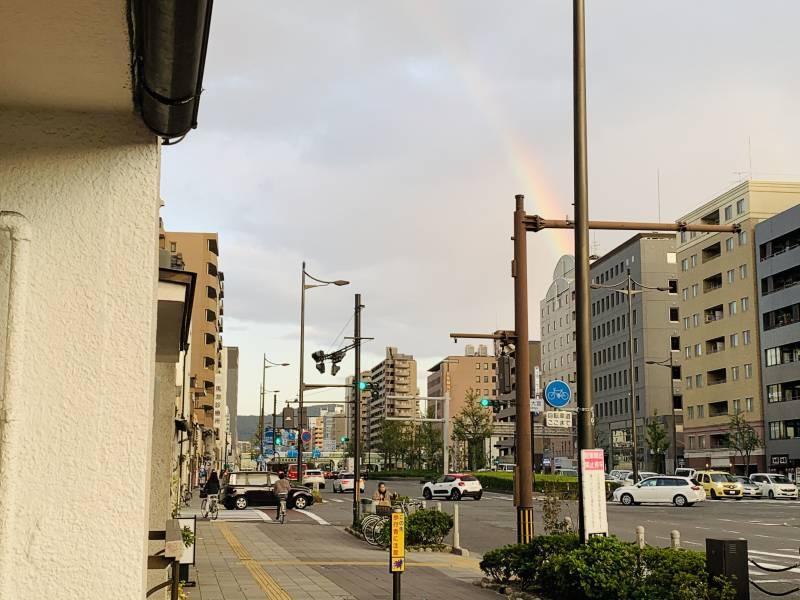 【速報】虹が出てました!