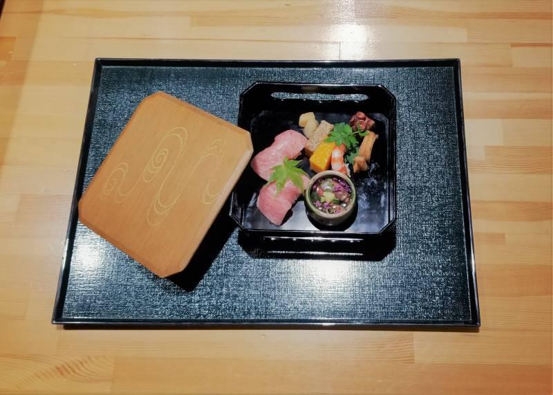 八寸 「トロ寿司 季節の八寸」