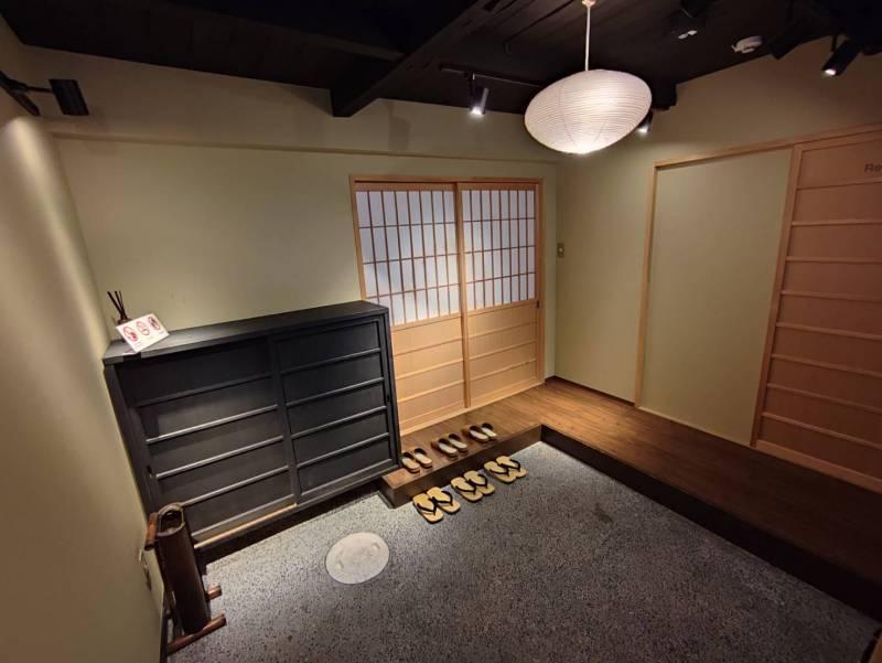 【京都市一軒貸切|町屋ホテル】さと居〈鉄仙〉お部屋の「障子」を新しくしました!
