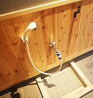 玄関ペット用足洗シャワー